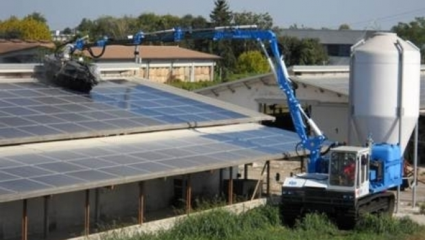 Maintenance of photovoltaic system