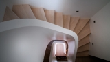 Customizing spiral staircases