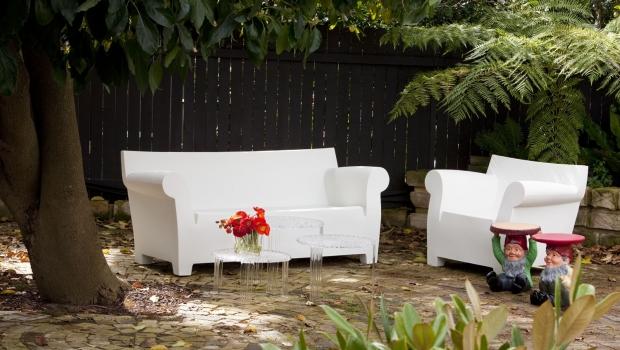 Outdoor furniture in polyethylene