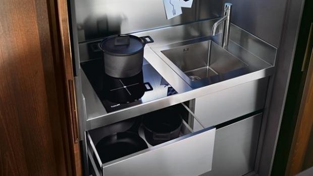 Rollaway modern kitchens
