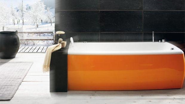 Colored bathtubs