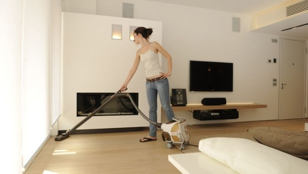 Water vacuum cleaner