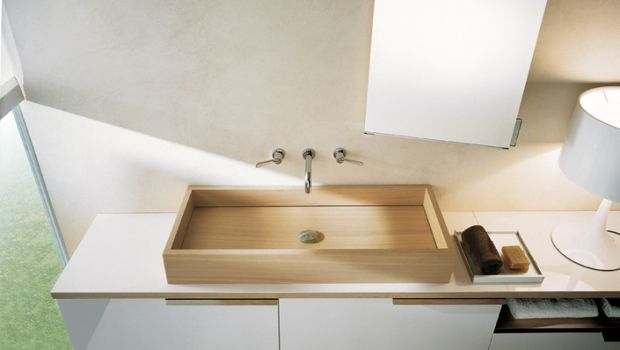 Wooden washbasins in the bathroom: natural furniture