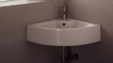 Corner washbasin for smaller bathrooms