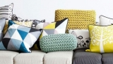 Cushions for sofas: a decorative touch in the house