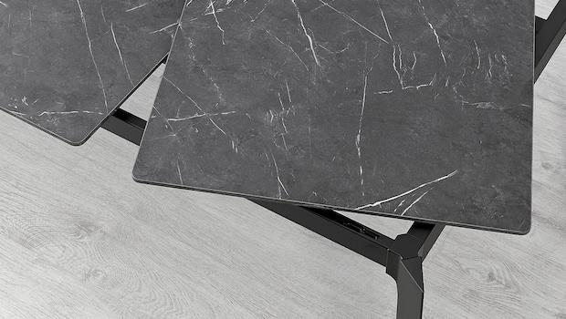 Gillanda modern extendable table - Photo: Ikea