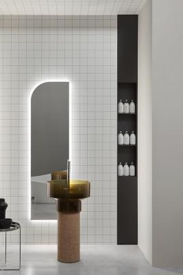 Freestanding-washbasin-in-natural-cork-antonio-lupi-design