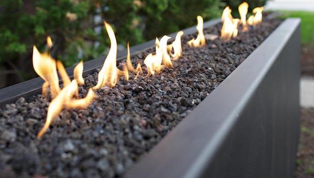 Camini da esterno moderni: modello Komodo - Foto: Bluefires