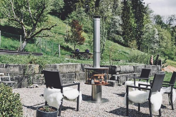 Outdoor-fireplace-surprise-chrome-finish-photo-ruegg