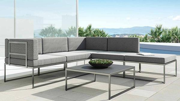 Tuxedo outdoor lounge by Artelia