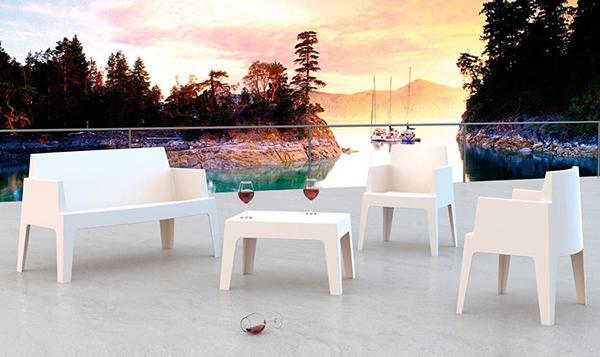 Cube white resin garden furniture set by Sediarreda