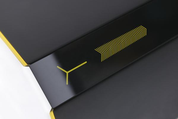 Design-of-the-lamp-mya-phone-iguzzini-lighting
